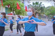 COVID-19 : Les jeunes hanoïens et le «Défi de 15 jours de partage »