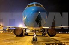 COVID-19 : Vietnam Airlines ramène 12 Vietnamiens bloqués au Japon