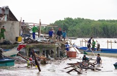 La Croix-Rouge du Vietnam aux côtés des victimes de la tempête Sinlaku à Kien Giang