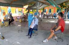 Da Nang : dépistage du coronavirus chez les étrangers à Son Tra