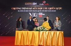 Lancement du festival international de mode VIFF au Vietnam