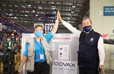 COVID-19 : Plus de 811.000 doses de vaccin de la Facilité COVAX arrivées au Vietnam