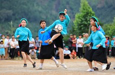 Le football au féminin chez les San Chi
