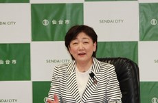 La maire d'une ville japonaise partage des expériences en matière de catastrophes naturelles