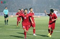 AFF Suzuki 2018: Les médias étrangers apprécient la victoire de la sélection vietnamienne