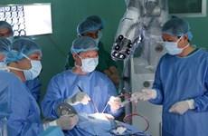 HCM-Ville : L'Hôpital Nhân Dân effectue sa première opération du cerveau à l'aide d'un robot