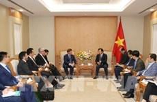 Le vice-PM Trinh Dinh Dung reçoit le PDG de la compagnie australienne Macquarie Capital