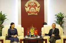 Vietnam-Cambodge: coopération renforcée dans le développement des postes et des télécommunications