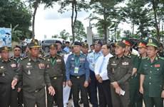 Des officiers cambodgiens en visite dans la province de Binh Phuoc