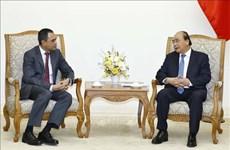 Le PM Nguyen Xuan Phuc reçoit l'ambassadeur de Malaisie