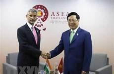 AMM-52 : Le vice-PM et ministre des AE Pham Binh Minh tient des réunions bilatérales