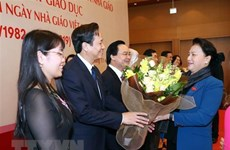 La présidente de l'AN salue les contributions des enseignants au développement national
