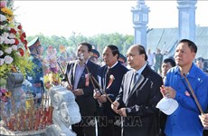 Le PM Nguyen Xuan Phuc assiste à la cérémonie d'inauguration du Temple des Martyrs à Quang Nam