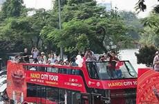 Ouverture des lignes de bus à deux étages pour les touristes de HCM-Ville