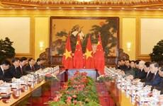 Le SG Nguyên Phu Trong s'entretient avec le SG et président chinois Xi Jinping