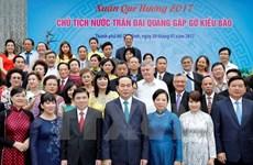 Le président salue les contributions des compatriotes vietnamiens à l'étranger