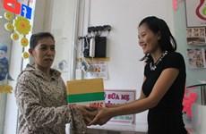 Elle crée la première banque de lait maternel au Vietnam