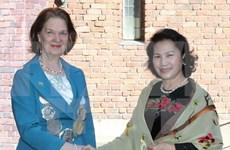 La présidente de l'AN du Vietnam rencontre la maire de Stockholm