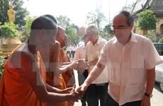 Chol Chnam Thmay: le chef du FPV se rend à Trà Vinh et Soc Trang