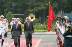 Le Premier ministre du Sri Lanka termine sa visite au Vietnam