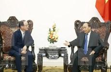 Le PM Nguyên Xuân Phuc reçoit le chef de Samsung Vietnam