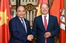 Le PM Nguyên Xuân Phuc encourage les entreprises hambourgeoises à investir au Vietnam