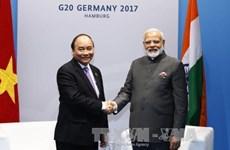 Le PM Nguyên Xuân Phuc rencontre le président indonésien et le PM indien