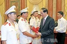Le président exhorte la police populaire à bien servir les tâches politiques du pays