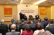 Le leader du PCV confiant en l'avenir de l'ASEAN, l'élan des liens Vietnam-Indonésie