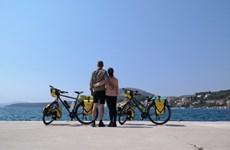 Un couple vietnamo-hongrois et son périple de 11.000 km à vélo