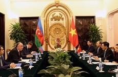 Pour promouvoir les relations de coopération Vietnam-Azerbaïdjan
