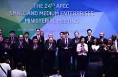 Le PM Nguyên Xuân Phuc appelle l'APEC à soutenir les PME