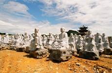 La sculpture sur pierre de Ninh Vân ne laisse pas de marbre