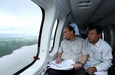 Le PM inspecte les impacts du changement climatique dans le delta du Mékong