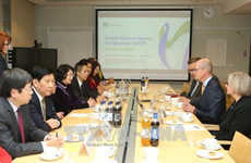 Renforcement des relations avec la Finlande dans divers secteurs