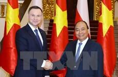 Entrevue le PM Nguyen Xuan Phuc et le président polonais Andrzej Duda