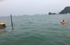 Un bateau coule à Quang Ninh, 31 touristes chinois sauvés
