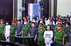 Seize personnes devant la justice pour terrorisme