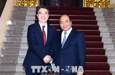 Le PM Nguyên Xuân Phuc reçoit le directeur général de Doosan Vina