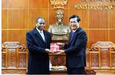 Vietnam et Mozambique resserrent leur coopération dans l'éducation et la formation