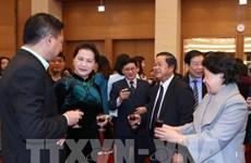 Des dirigeants poursuivent leurs visites du Nouvel an lunaire