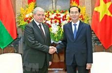Le Vietnam souhaite accueillir davantage d'investissements biélorusses