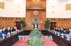 Le PM reçoit des responsables biélorusse et sud-coréen