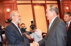 Le secrétaire du Comité du Parti de HCM-Ville Nguyên Thiên Nhân reçoit Ali Ardeshir Larijani