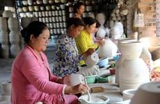 Au Sud, le village de céramique de Tân Van garde sa flamme