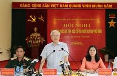 Le leader du PCV Nguyên Phu Trong à l'écoute des électeurs hanoïens