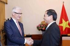 Le ministre-président flamand Geert Bourgeois accueilli à Hanoi