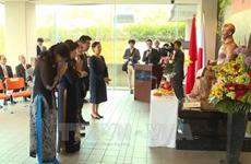 Le 128e anniversaire du Président Ho Chi Minh fêté à l'étranger