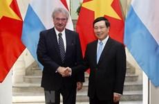Le PM Pham Binh Minh reçoit le ministre luxembourgeois des AE et européennes