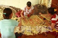 Dông Xâm honore une tradition d'orfèvrerie haute en couleurs